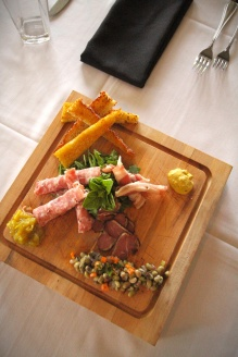charcuterie-from_above